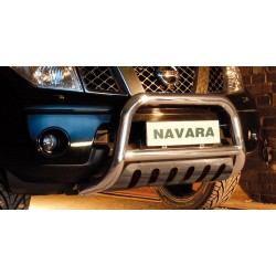 Pare-buffle avec plaque de protection Nissan Navara (2010-2015)